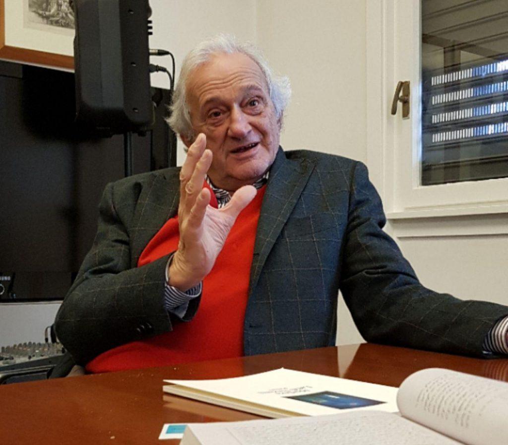فرانچسکو بریوسکی از خاطراتش در شرکت در نمایشگاه کتاب تهران گفت . وقتی گفتم در غرفه مارگریت ویزمن را دیدم .با تعجب گفت  من بودم چطور منو ندیدی . گفتم شاید ان ساعت نبودید.