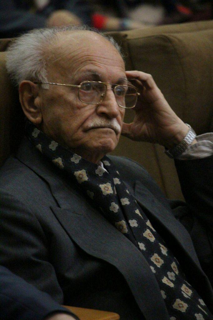 استاد فراست معلم دبستان حسن انوشه