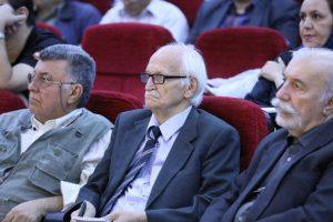 شب ابوالقاسم لاهوتی در خانه اندیشمندان علوم انسانی