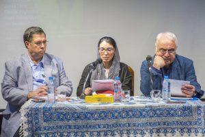 غزاله یعقوبی و دکتر حامد فولادوند اشعار آراگون را خوانند.