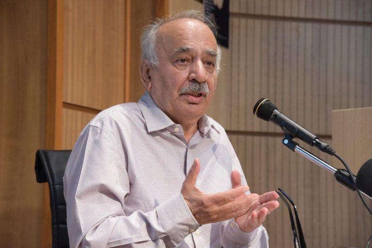 دکتر ناصر تکمیل همایون از کوشش های رشدیه در نوسازی نظام اموزشی گفت.