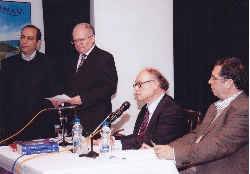 با پروفسور برت فراگنر، توماس بوکسباوم و سعید فیروزآبادی در شب پورگشتال ـ اول اسفند 91