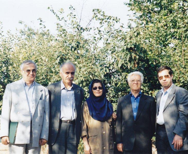 علی دهباشی، احسان اشراقی، خانم ثقه الاسلامی، ناصر تکمیل همایون و مهندس تقی زاده