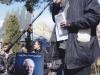 حیاط تالار رودکی ـ سخنرانی در مراسم بدرقه سیمین دانشور به طرف قطعه هنرمندان
