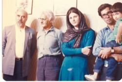 اوکتای محمد، علی دهباشی، ساناز صحتی، علی اکبر صنعتی و رضا براهنی در منزل صنعتی ـ مهر ماه 1365