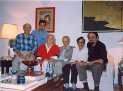 جمعه 16 مهر 1376 منزل دکتر شایگان ـ از راست : هرمز همایون پور، کامران فانی، بزرگ نادرزاد، داریوش شایگان ، علی دهباشی و محمد علی امیری