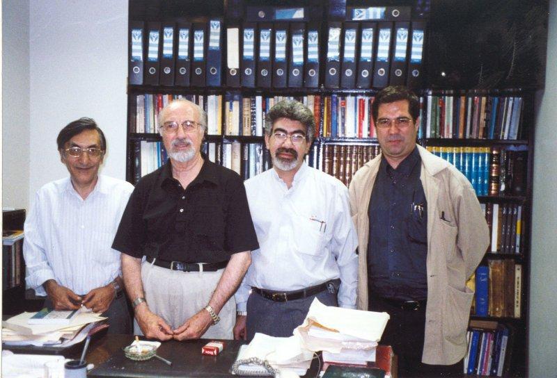 از راست: علی دهباشی، ؟ ، دکتر فریدون بدره ای و کامران فانی ـ دهه