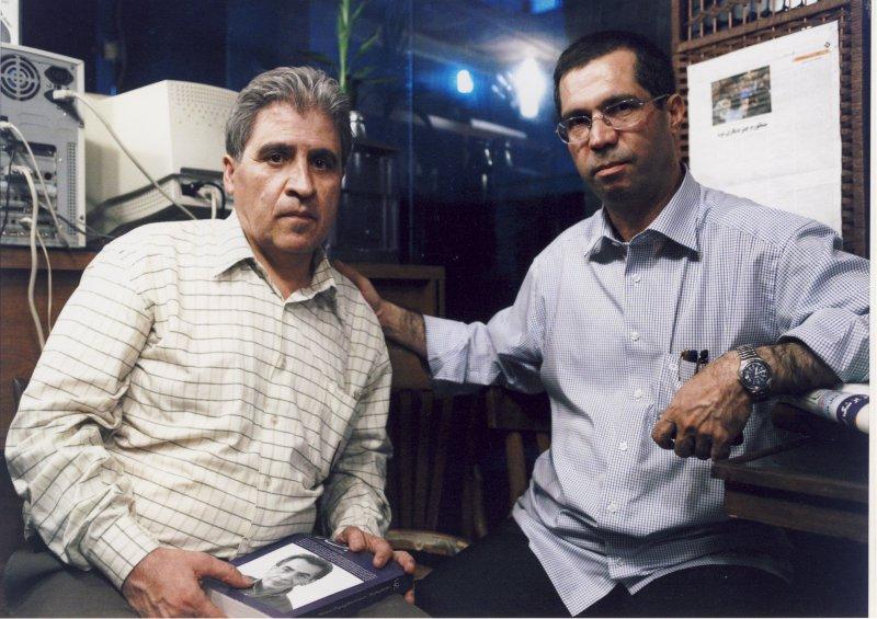 با محمد آقازاده در کافه تیتر شهریور 85