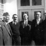 از راست: کیکاووس جهانداری، محمدابراهیم باستانی پاریزی، ضیاءالدین سجادی، ایرج افشار، حبیب یغمایی و ابراهیم دهگان